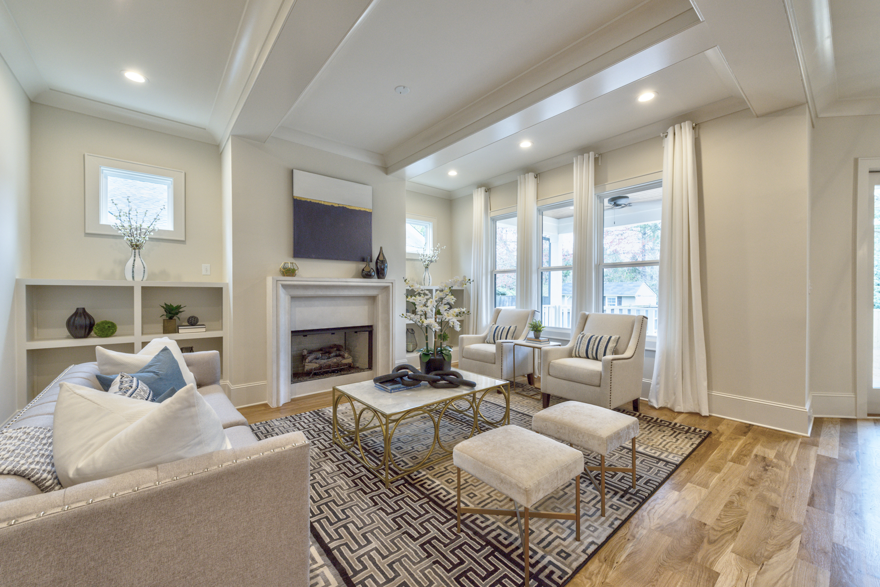 Easy and affordable staging ideas for maximum WOW